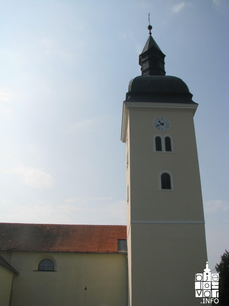 Zvonik crkve u Kapeli